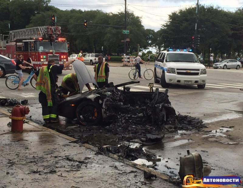 Lamborghini Huracan разорвало на две части. Водитель выжил - «Lamborghini»