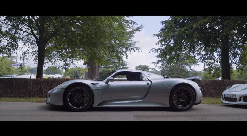 A remarkable experience in the Porsche 918 Spyder at the Goodwood Festival of Speed  - «видео»