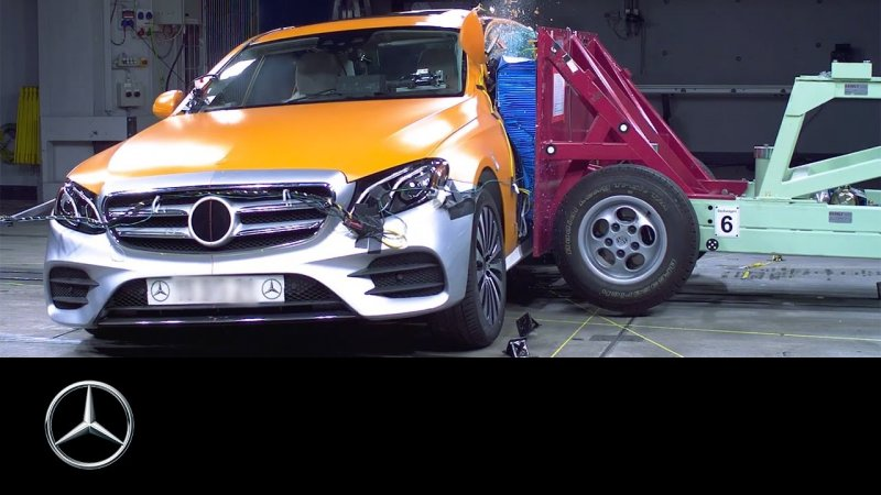 User interaction and safety: E-Class Making of – Part 3 – Mercedes-Benz original  - «видео»