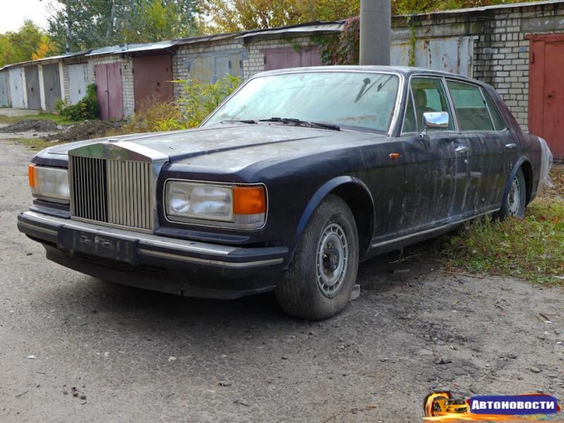 В Харькове нашли брошенный из 90-х Rolls-Royce Silver Spur II - «Rolls-Royce»