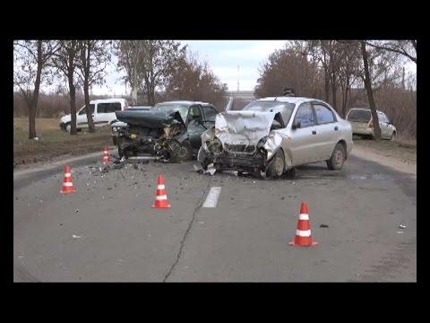 Жуткое лобовое ДТП на трассе. Вдребезги разбились ВАЗ и Daewoo  - «происшествия видео»